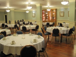 University Lodge dining room